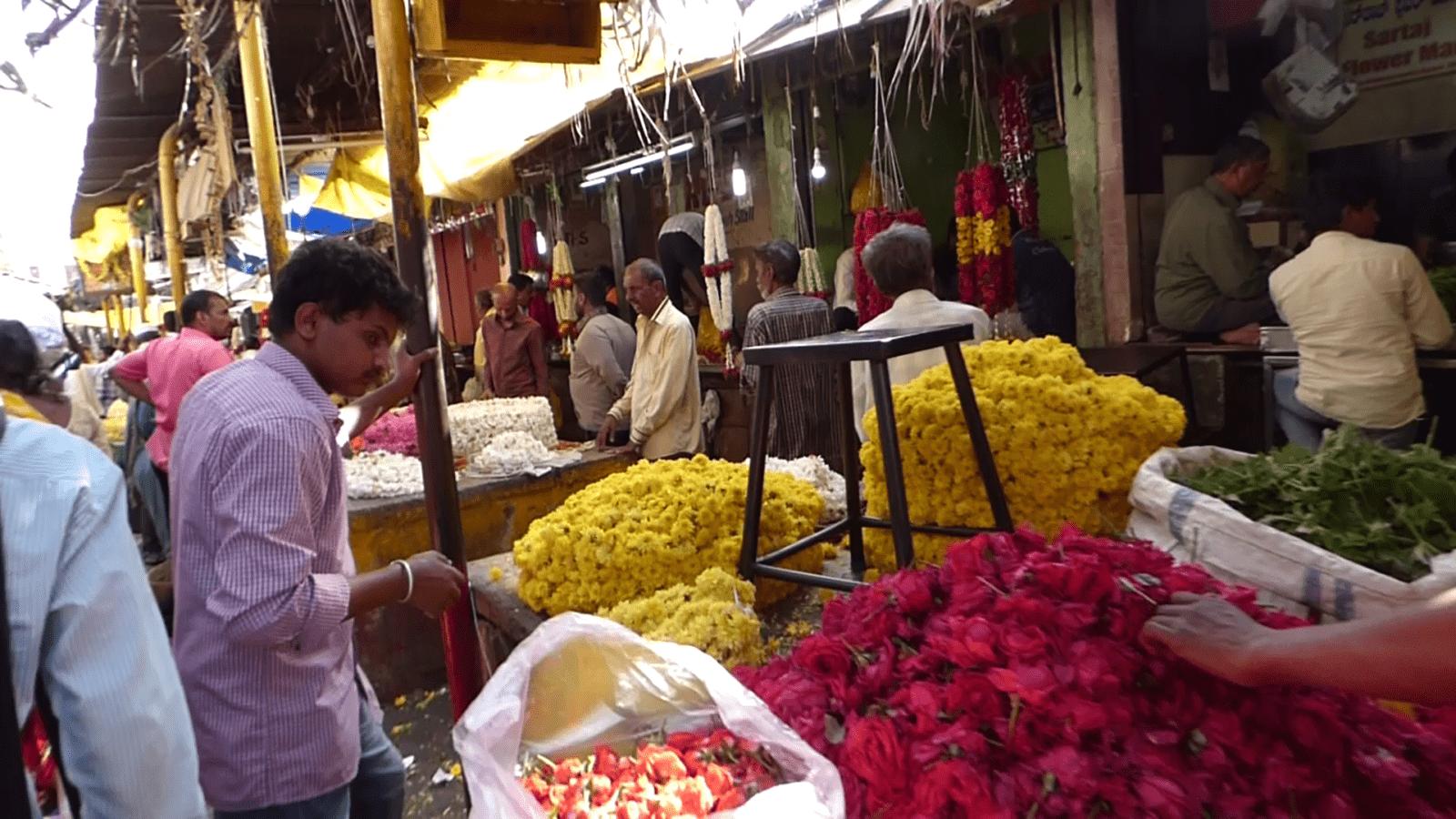 Marche aux fleurs 2