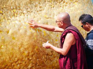 birmanie thailande 2020 rocher dor